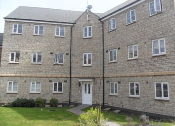 Thumbnail 2 bedroom flat to rent in Dovedale, Swindon