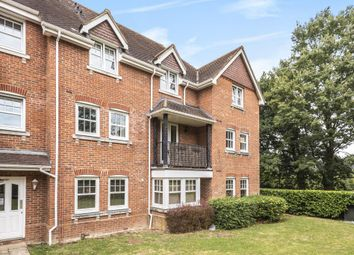 Campbell Fields, Hampshire GU11. 2 bed flat