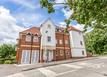 Thumbnail 2 bed flat to rent in Green Walk, Woodford Green
