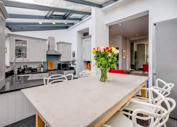 3 bed property for sale in Ashlone Road, London SW15