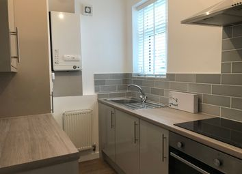 2 bed flat to rent in Cymmer Street, Grangetown, Cardiff CF11