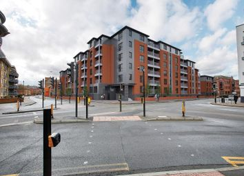 Thumbnail 2 bed flat for sale in Silver Street, Reading