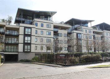Thumbnail 3 bed flat for sale in Riverside Place, Cambridge