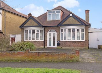 3 bed property for sale in Elgar Avenue, Surbiton KT5