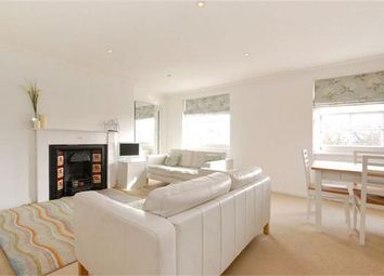 Thumbnail 1 bed flat to rent in Myddelton Square, Clerkenwell, London