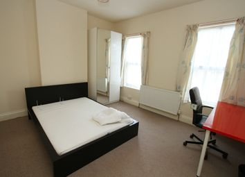 Thumbnail Room to rent in Room 2, Queensland Avenue, Earlsdon, Coventry