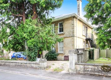 Thumbnail 2 bed flat to rent in The Avenue, Cirencester