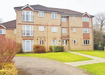 Thumbnail 1 bed flat to rent in Longbridge Road, Horley