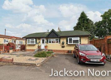Riverhill, Worcester Park KT4. 2 bed mobile/park home