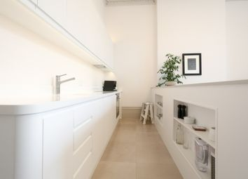 Thumbnail 1 bed flat to rent in Palmeira Square, Hove