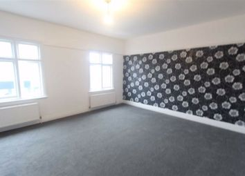 1 bed flat to rent in High Street, Wickford, Essex SS12