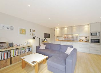 Thumbnail 1 bed flat to rent in Kempson Road, London