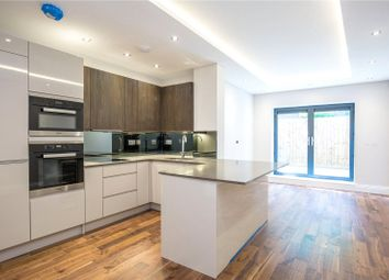 Thumbnail 1 bed flat to rent in Muswell Hill, London