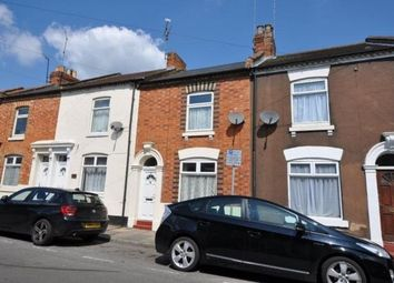 Thumbnail 3 bedroom property to rent in Alcombe Road, Town Centre