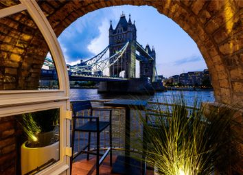 The Riverside Apartment, Anchor Brewhouse, 50 Shad Thames, London SE1