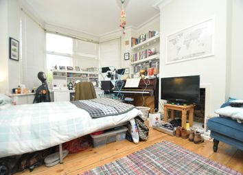 Thumbnail 2 bed flat to rent in Cleveland Park Crescent, Walthamstow