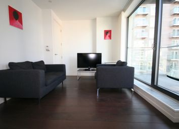 Thumbnail 1 bedroom flat for sale in Limeharbour, London