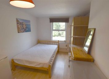 Thumbnail Studio to rent in Dollis Road, Finchley, London