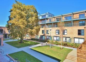 2 bed flat to rent in Flamsteed Close, Cambridge CB1