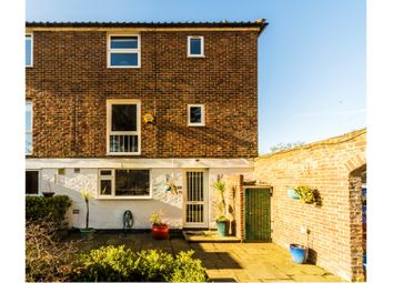 Thumbnail 4 bed terraced house for sale in Chiswick Staithe, London