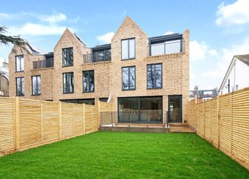 3 bed flat for sale in Eastern Road, Fortis Green, London N2