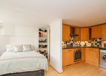 Thumbnail 1 bed flat to rent in Thames Street, Oxford