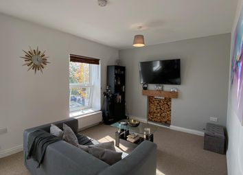 Thumbnail 1 bed flat to rent in Wimmerfield Avenue, Killay, Swansea