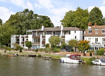 Thumbnail 3 bed flat to rent in Riverside, Marlow