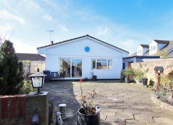 3 bed detached bungalow for sale in Brookmead, Hildenborough, Tonbridge TN11
