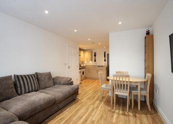 Thumbnail 2 bed flat to rent in Denne Parade, Horsham