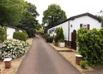 Thumbnail 2 bed mobile/park home for sale in Stratton Park Drive, Biggleswade, Bedfordshire
