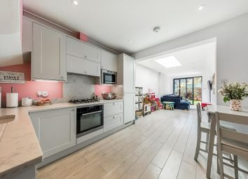 Albert Road, Richmond TW10. 2 bed cottage for sale