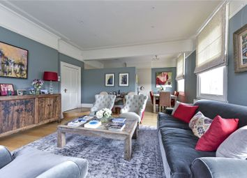 Clapham Common North Side, London SW4. 2 bed flat