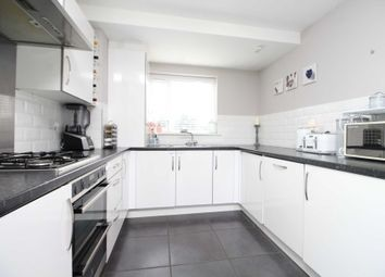 3 bed semi-detached house for sale in Meadow Drive, Aveley, South Ockendon RM15