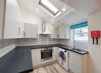 Thumbnail 4 bed terraced house to rent in Freemantle St, Walworth, London