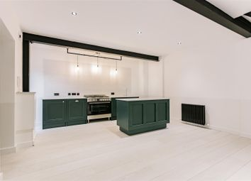 Thumbnail 2 bed flat to rent in Fonthill Mews, London