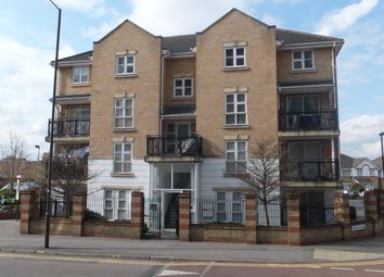 Thumbnail Flat to rent in Highfield Road, Feltham