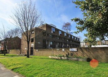 Thumbnail Room to rent in Winchester Avenue, Brondesbury
