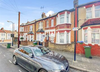 Thumbnail 3 bed detached house to rent in Bebbington Road, Plumstead