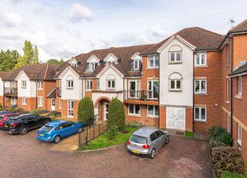 1 bed property for sale in Station Road, Addlestone KT15