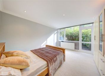 Thumbnail 1 bed flat to rent in Hill Court, Putney Hill, London