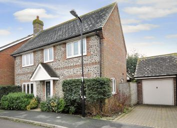 Thumbnail 3 bedroom detached house to rent in Oakwood Drive, Angmering, Littlehampton