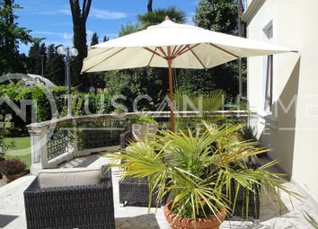 Thumbnail Villa for sale in 1374, Barga, Italy