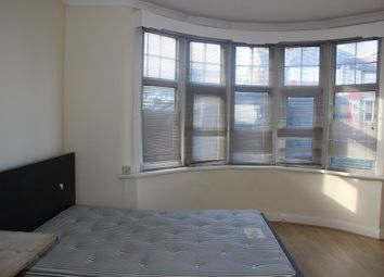 Thumbnail 1 bed flat to rent in Netherlands Road, Barnet