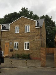 Thumbnail 3 bedroom flat to rent in St-Albans Road, Watford