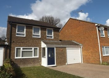 Thumbnail 3 bed property to rent in Yarrow Close, Horsham
