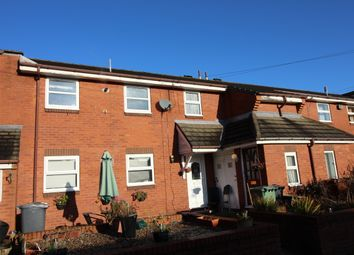 2 bed flat for sale in Frensham Avenue, Morley, Leeds LS27