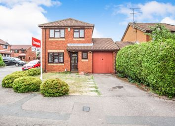 Thumbnail 3 bedroom detached house for sale in Dexter Close, Luton