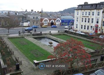 Room to rent in West Square, Scarborough YO11