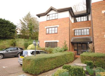 Thumbnail 2 bedroom flat to rent in Lower Village Road, Ascot